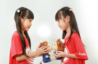 兒童英語-學獅英語